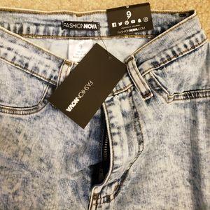 NWT Fashion Nova Distressed Jeans